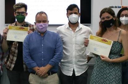 IMG El Servicio de Extensión Universitaria del Vicerrectorado de Cultura de la Universidad de Cádiz entrega los premios d...